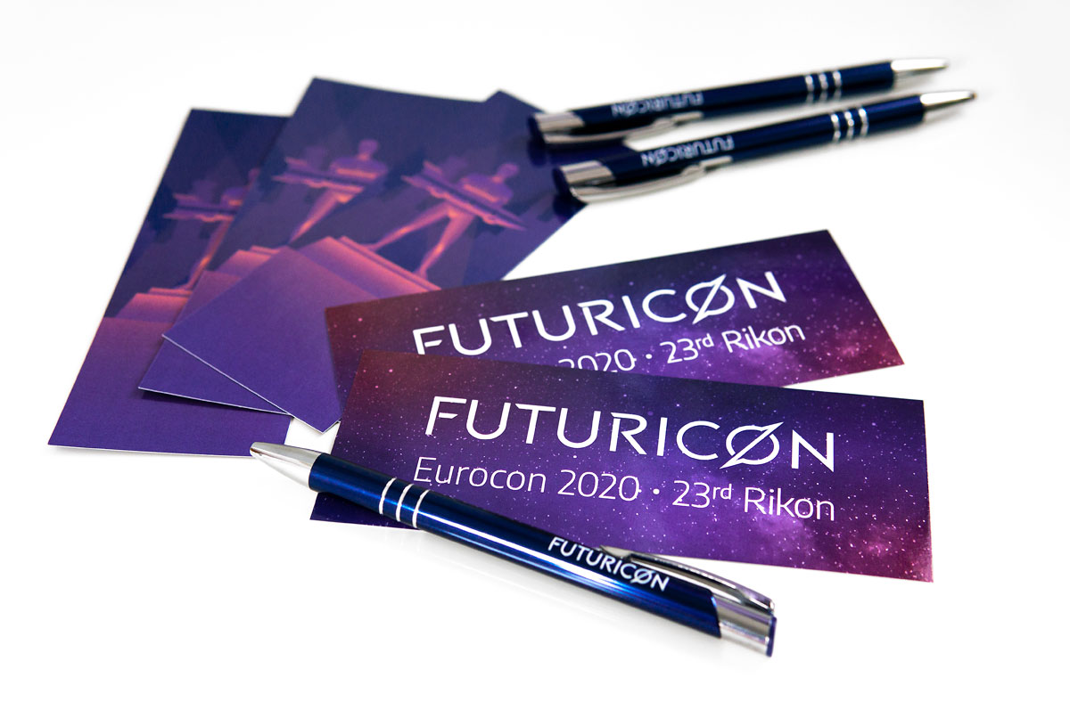 Futuricon vizualni identitet – suveniri bookmarks i kemijske olovke